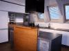 kuchyn-bilafolie-vys-lesk-02